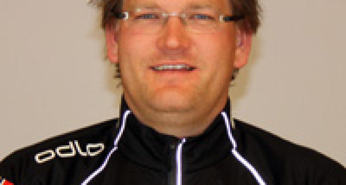 Steinslett trener på elite menn